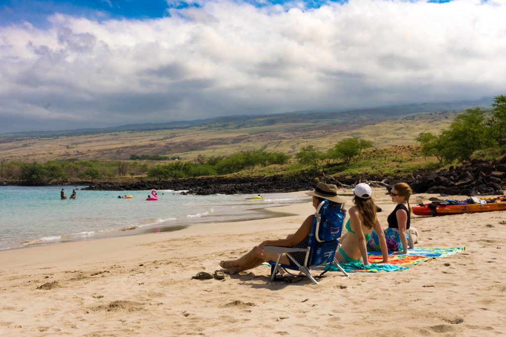 Holistic treatment center The Exclusive Hawaii beach outing